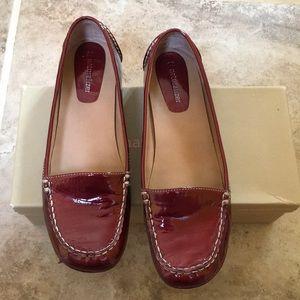 Naturalized Sada Wine Patent Leather flats w/ heel
